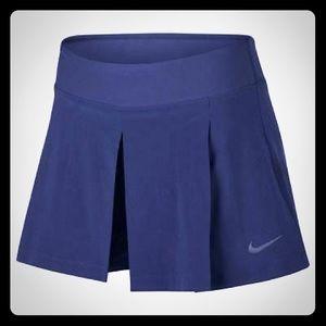 Nike tennis golf skort skirt shorts Size small
